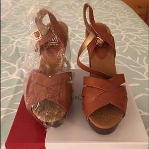 Brand new Women Sandal